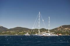 Порт и гавань в St Tropez стоковое изображение rf