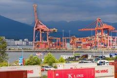 Порт контейнера на гавани Ванкувера Стоковые Фотографии RF