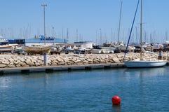 Порт на юге  Португалии - сожмите принимать визирования взгляда снаружи, без характера и дня Стоковые Изображения