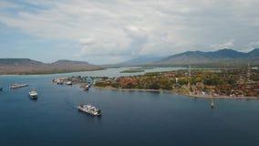 Порт пассажирского парома моря, Gilimanuk Бали, Индонезия