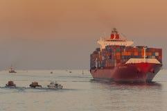 ПОРТ-САИД /EGYPT 2-ое января 2007 - контейнеровоз Нью-Дели Стоковое фото RF