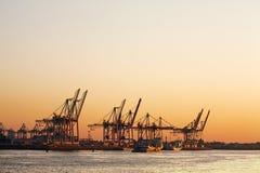 порт hamburg груза стоковая фотография