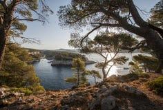 Порт-Miou Calanque в французской ривьере стоковые изображения rf