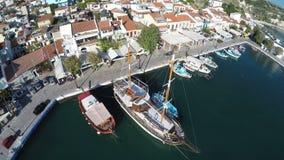 Порт Pythagorio в острове 5 Samos сток-видео