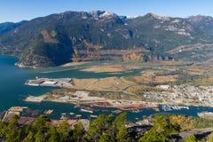 Порт Squamish Howe Sound в падении стоковое изображение