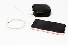 Поручая мобильный телефон Стоковая Фотография RF