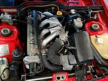 Порше 944 в красном заливе двигателя стоковая фотография