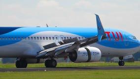 Посадка Боинга 737 мухы TUI сток-видео