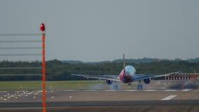 Посадка самолета в Дюссельдорф видеоматериал