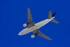 посадка самолета стоковые изображения rf