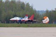 посадка mig 29 самолет-истребителей Стоковая Фотография RF