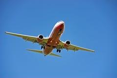 Посадка пассажирского самолета Стоковое Изображение RF