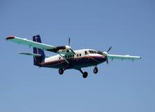 Посадка самолета пропеллера Стоковые Изображения RF