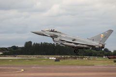 Посадка тайфуна RAF на RIAT Стоковые Изображения RF