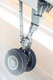 Посадочное устройство во время взлета Стоковые Фото