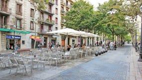 Посадочные места ресторана улицы Camino Ramblas Poblenou Стоковая Фотография