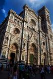 Посетители на соборе Duomo Флоренса Стоковое Фото