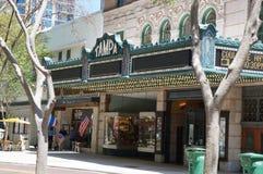 Посетители вне театра Тампа, Тампа Флориды стоковые фотографии rf
