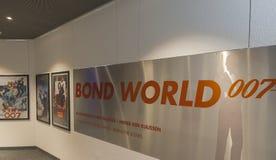 Посещая музей Жамес Бонд Стоковая Фотография RF