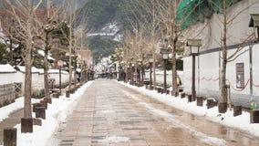 После того как горожане снега живут в домах, делая улицы в тиши tsuwano города стоковая фотография