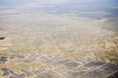 Посмотрите пустыню от самолета стоковая фотография rf