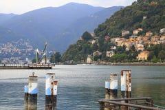 Посмотрите Como, этап посадки, гавань с прогулкой банка в озере Como Италии Стоковые Фото