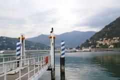 Посмотрите Como, этап посадки, гавань с прогулкой банка в озере Como Италии Стоковое фото RF