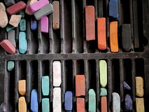 Поставки искусства: Пастели мела цвета Стоковые Фотографии RF