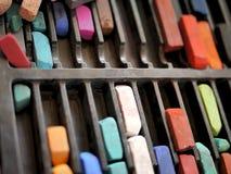 Поставки искусства: Пастели мела цвета Стоковые Фото