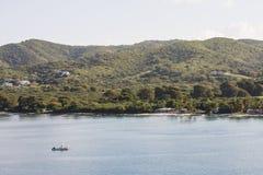 поставленное на якорь рыболовство свободного полета шлюпки с тропического Стоковые Изображения