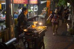Поставщик еды улицы, Бангкок Стоковая Фотография