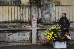 Поставщик цветка в квартале Ханоя старом Стоковая Фотография RF