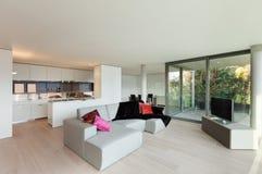 Поставленная квартира, взгляд живущей комнаты Стоковое Фото