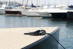 Поставленные на якорь яхты в St Tropez стоковые изображения rf
