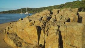 Постамент вверх 17 70 1770 Марина и пляжей в Квинсленде, Австралии акции видеоматериалы