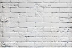 Постаретая белизной предпосылка кирпичной стены Стоковые Изображения