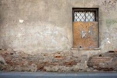 постаретая стена улицы Стоковая Фотография