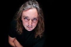постаретая студия портрета длиннего человека волос средняя стоковые фото