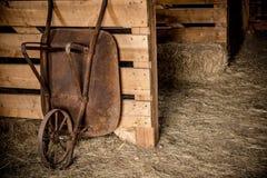Постаретый курган в амбаре Стоковая Фотография RF