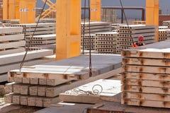 Построитель работника управляет процессом конструкции Стоковая Фотография