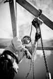 Построитель с инструментами и воротом Стоковые Фотографии RF