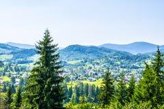 Посёлок в горах Стоковое фото RF