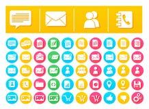 Послание и связь пакета значка вектора плоские в красочных кругах Стоковое Фото