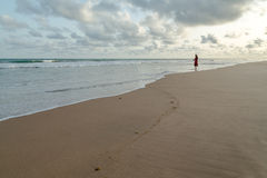 После полудня понедельника на пляже Обамы, Cotonou стоковая фотография