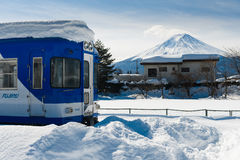 После Snowstrom Mt Фудзи в зиме, Японии Стоковая Фотография RF