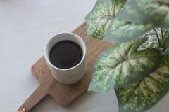 Потек кофе в керамическом стекле Стоковые Изображения RF