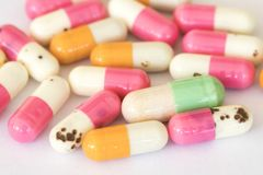 Потеряйте терянную силу старую таблеток капсул веса стоковые фотографии rf