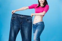 Потеря веса выставки женщины стоковые изображения rf
