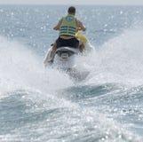 Потеха лыжи двигателя на море стоковое фото rf