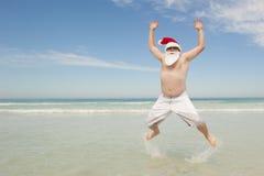 Потеха рождества пляжа Santa Claus тропическая Стоковая Фотография RF